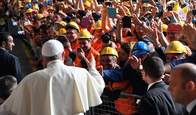 Papa-Francisco-trabajadores-Génova